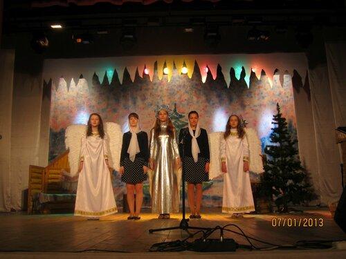 Выступление пироговской воскресной школы