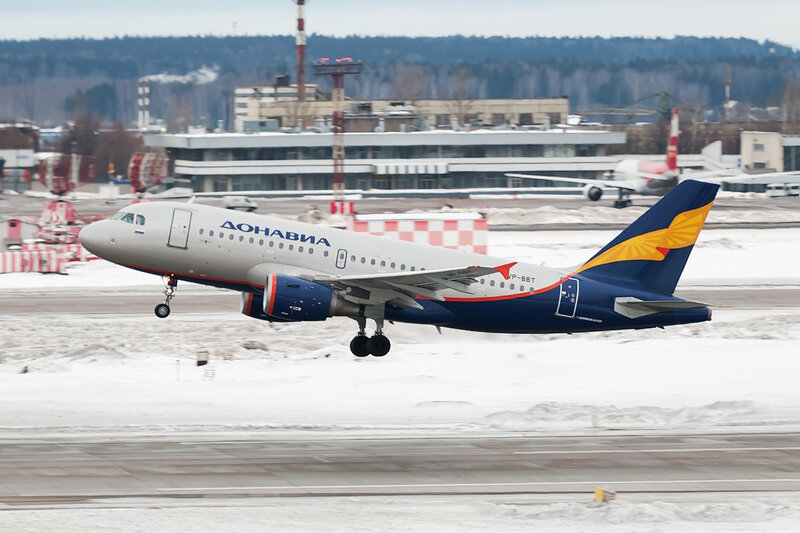 Airbus A319-112 (VP-BBT) Донавиа DSC3550