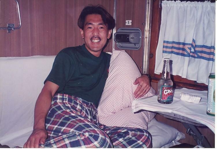 0_774a5_263c0ecb_XL Архивные снимки: Японский турист запечатлел Одессу 1996-го года