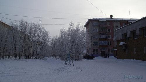 Фото города Инта №3400  Мира 43, Воркутинская 7, Мира 45 и 45а 10.02.2013_12:35