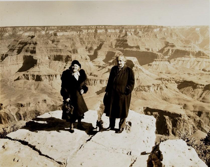 Альберт Эйнштейн со своей женой Эльзой, Большой каньон, 1931.