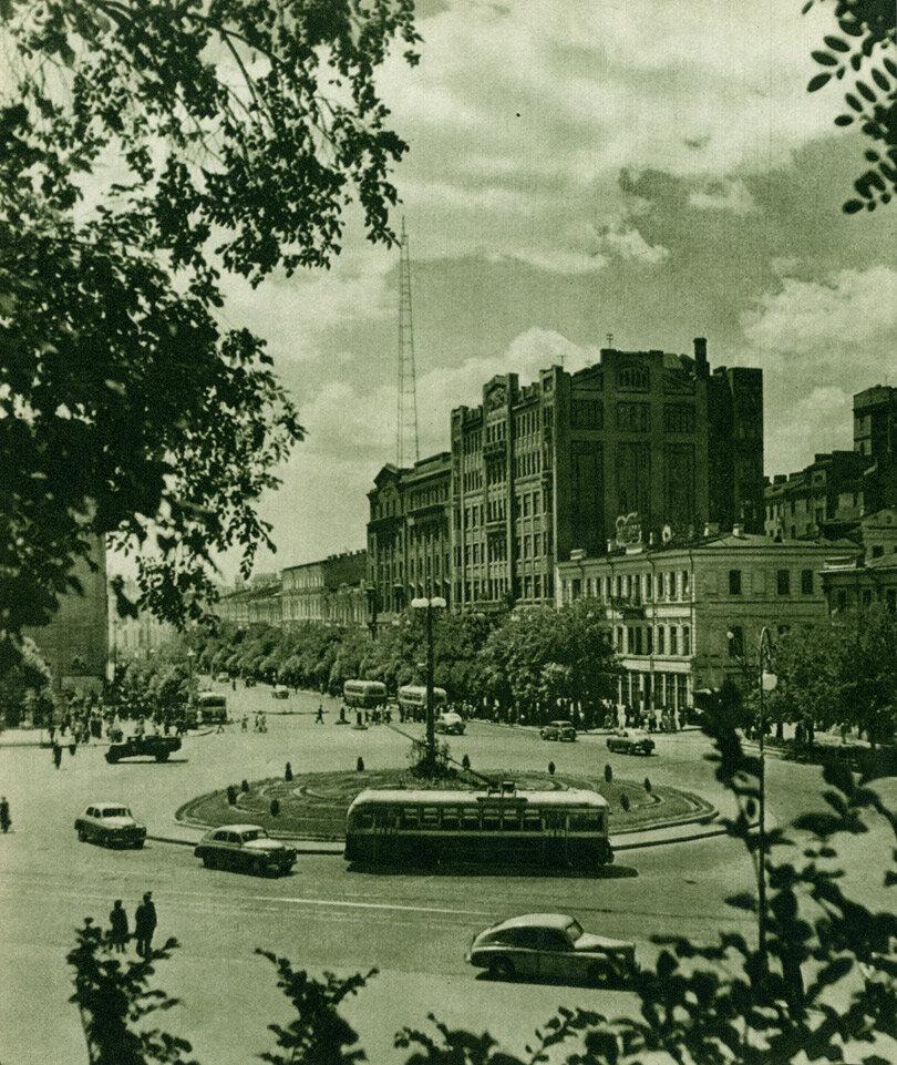 Площа ім. Сталіна