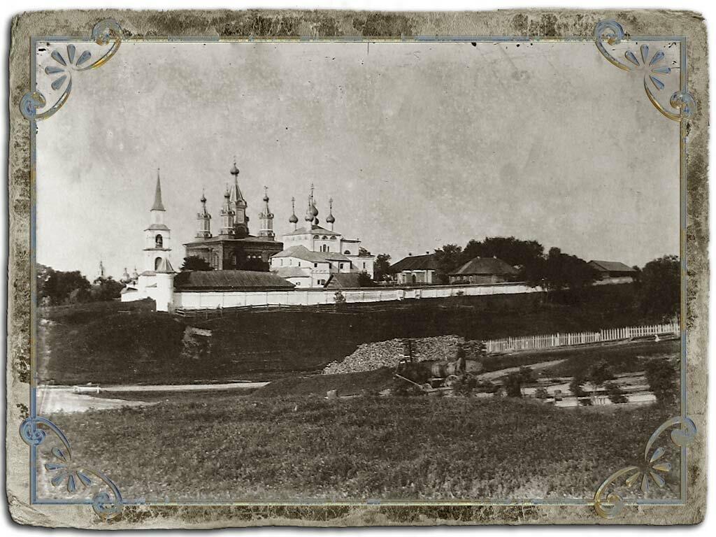 Дмитриевский монастырь.