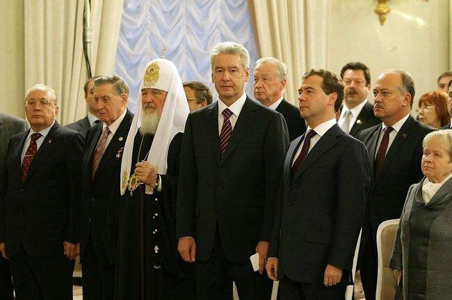 Медведев, Собянин, Садовничий, Патриарх Кирилл, на инаугурации мэра Москвы Сергея Собянина