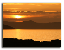 Кения. Sunset at Lake Turkana in Kenya. Фото wrobel27 - Depositphotos