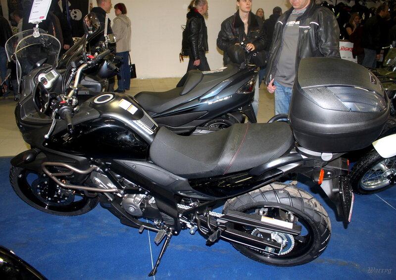 Эндуро для спорта и туризма Suzuki V-Strom 650 ABS