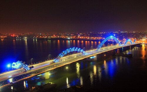 Необычный мост Дракон