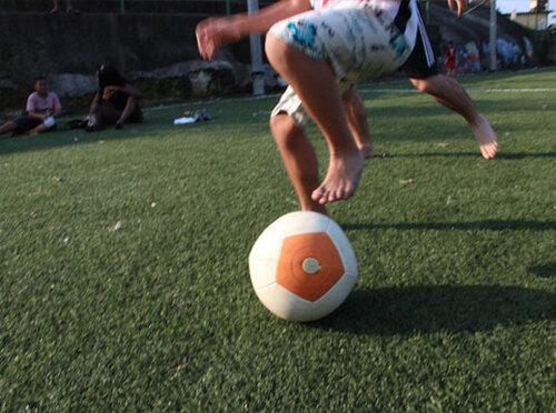 Гоняйте мяч, и будет вам свет