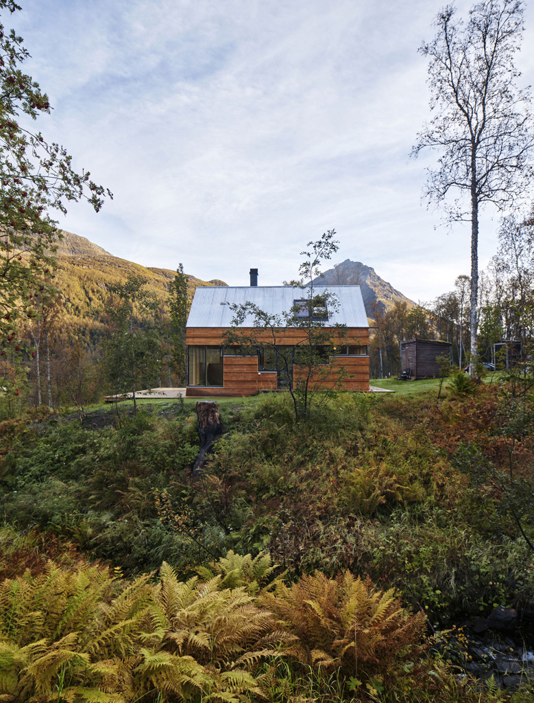 Cabin-Laksvatn-Hamran-Johansen-Arkitekter-14.jpg