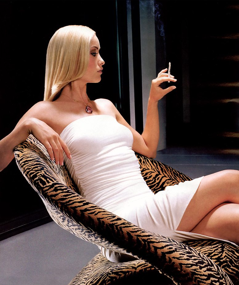 smoking Olivia Wilde / Оливия Уайлд с сигаретой