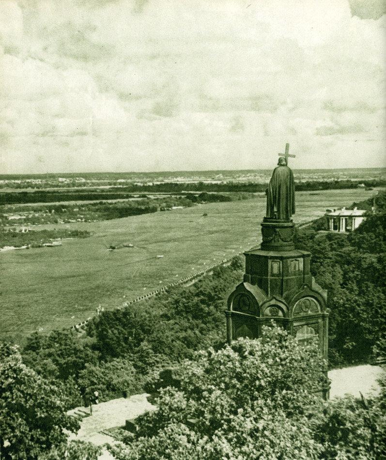 Пам'ятник князеві Володимиру