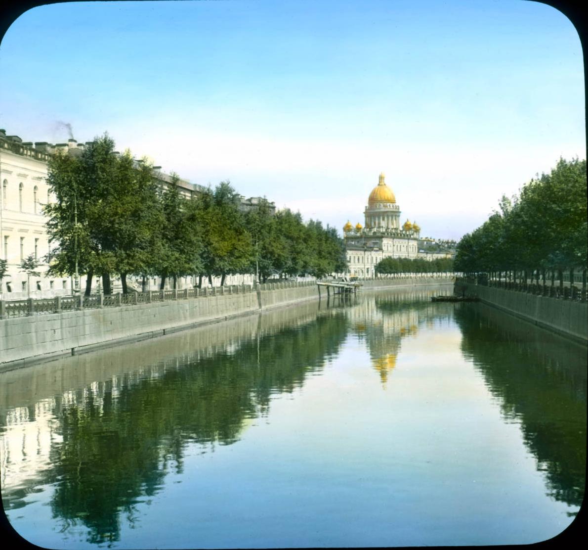Санкт-Петербург. Исаакиевский собор, вид из Юсуповского дворца
