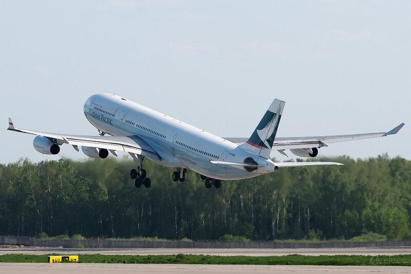 Airbus A340-313X (B-HXK) Cathay Pacific DSC0282