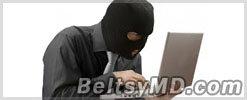 Хакер заставил сотни женщин раздеться перед веб-камерой