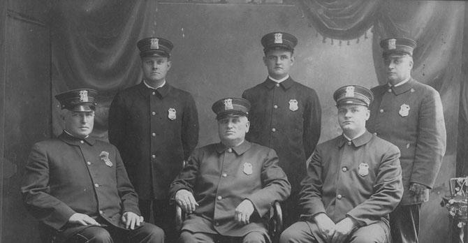 Полицейские разных стран