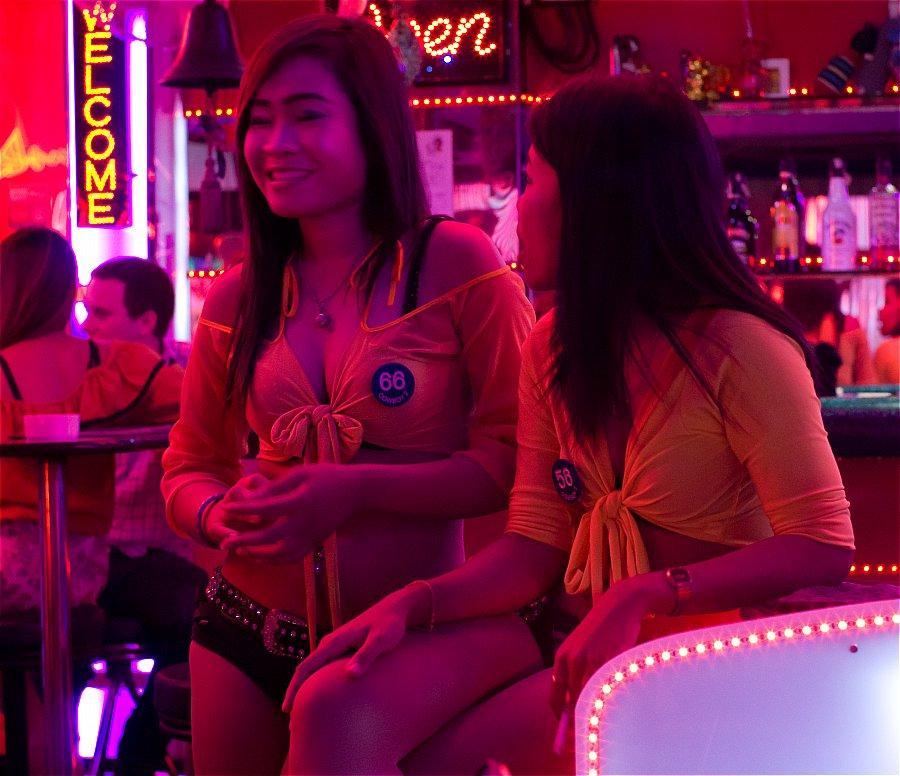 Порно предметами бангкок улица красных фонарей порно онлайн сисястая