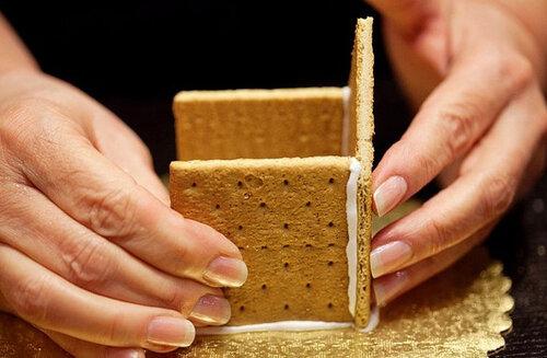 Как сделать домик из печенья 2