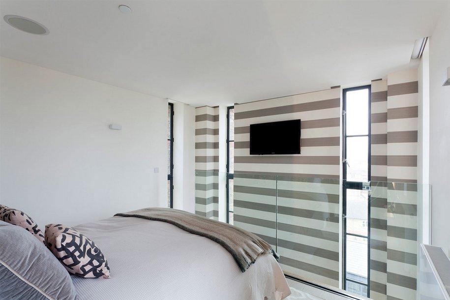 Дом в водонапорной башне в Лондоне от 1st-Option