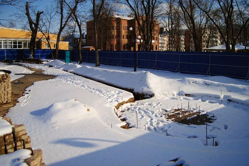 Строительство фонтана на аллее городов-побратимов