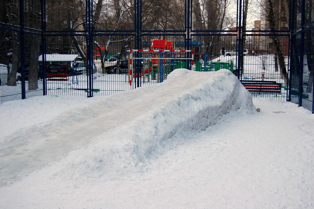 Картинка горка для детей снежная