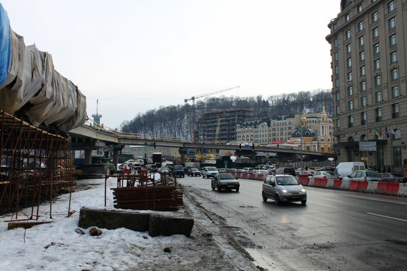 Новая эстакада на Почтовой площади