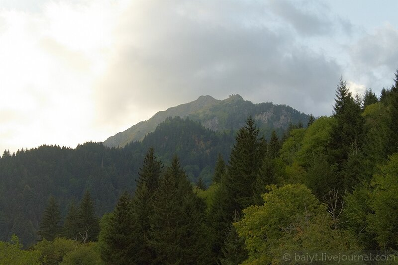 Гора над Уцерой