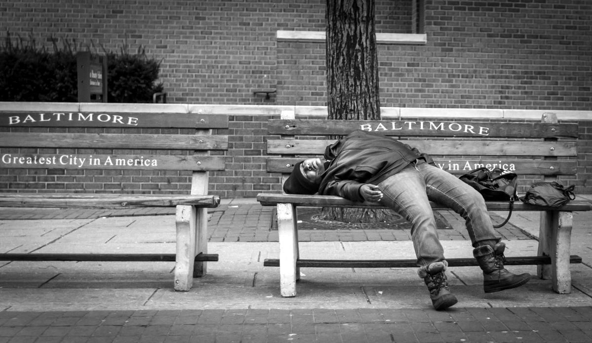 Неулыбчивая Америка: Черно-белая жизнь в бедных кварталах современного Балтимора (10)