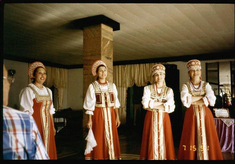 202. Русские песни на Русском чаепитии
