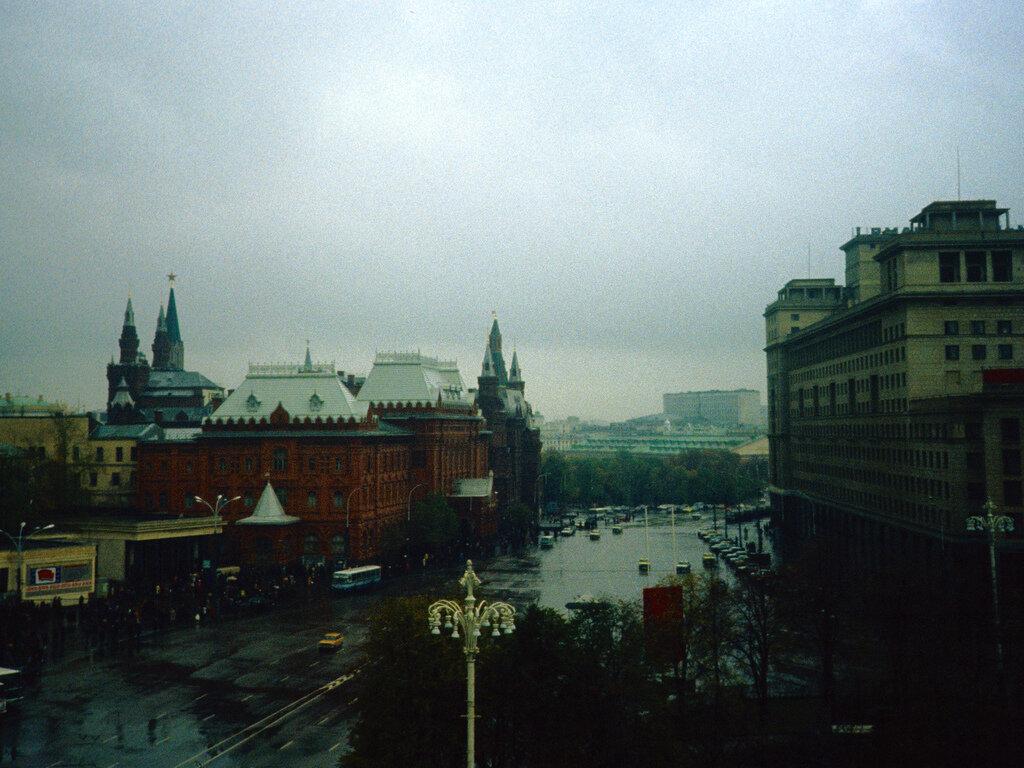 01. Вид из моего окна отеля в Москве