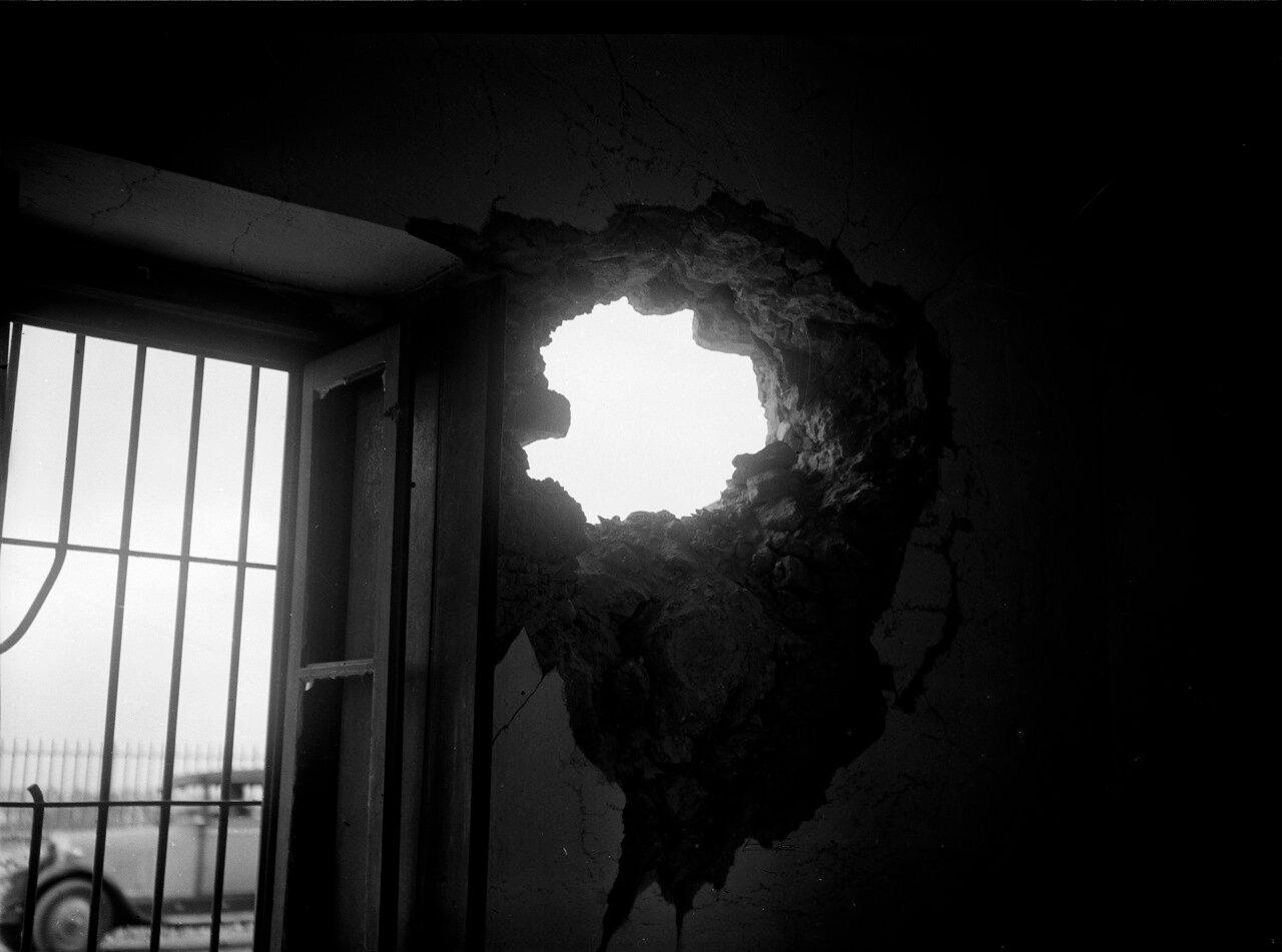 Разрушения после мятежа