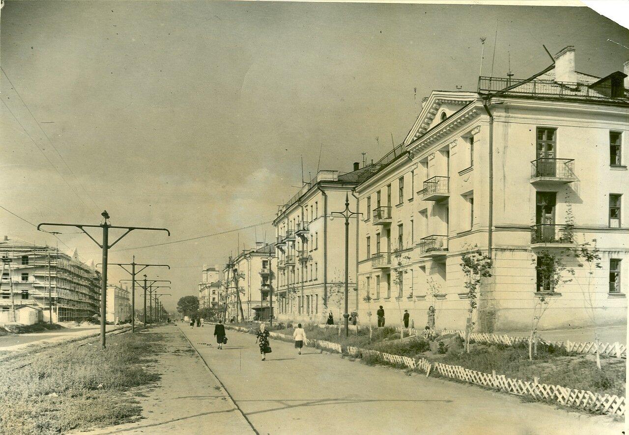 ул. Ленина 3