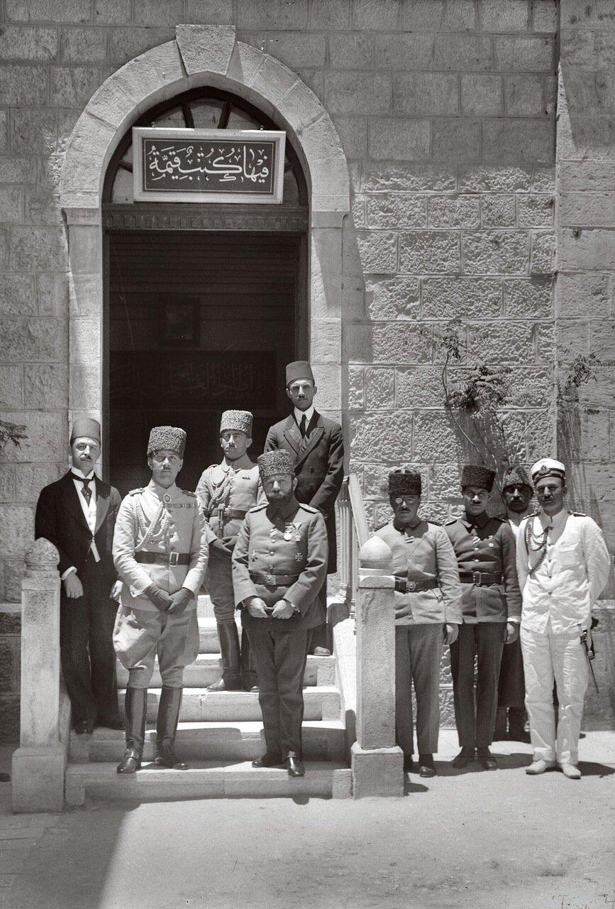 Принц Осман Фуад и Джемаль Паша. Иерусалим 1917 г.