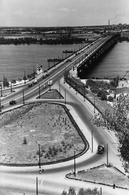 1956.05.24. Транспортная развязка возле моста имени Патона. Фото: Мельник М.А.