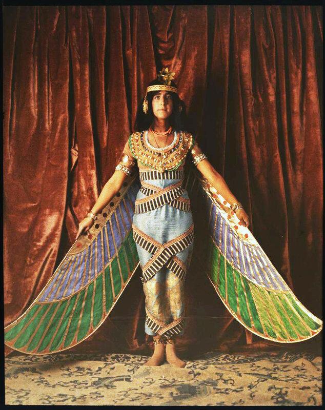 1915 Танцовщица в египетском костюме3.jpg