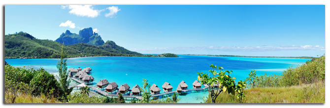 Французская Полинезия. Panorama view of over water bungalow in Bora Bora , the famous island of French Polynesia , south Pacific. Фото wilar - shutterstock