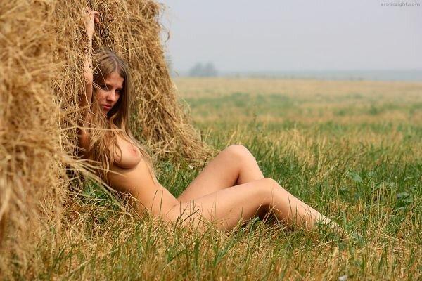 деревенские дефушки голые фото