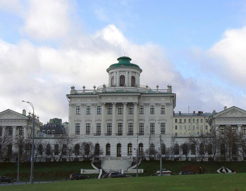 Дом Пашкова..jpg