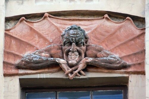 Скульптурный портрет Мефистофеля