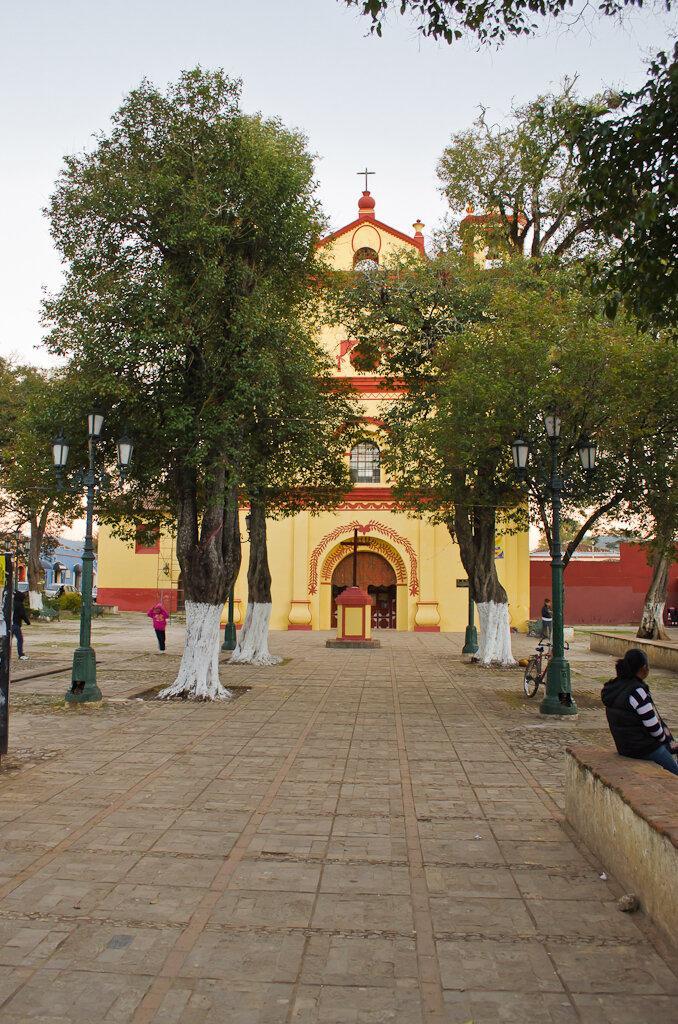 Церковь в Сан Кристобале. Туры в Мексику