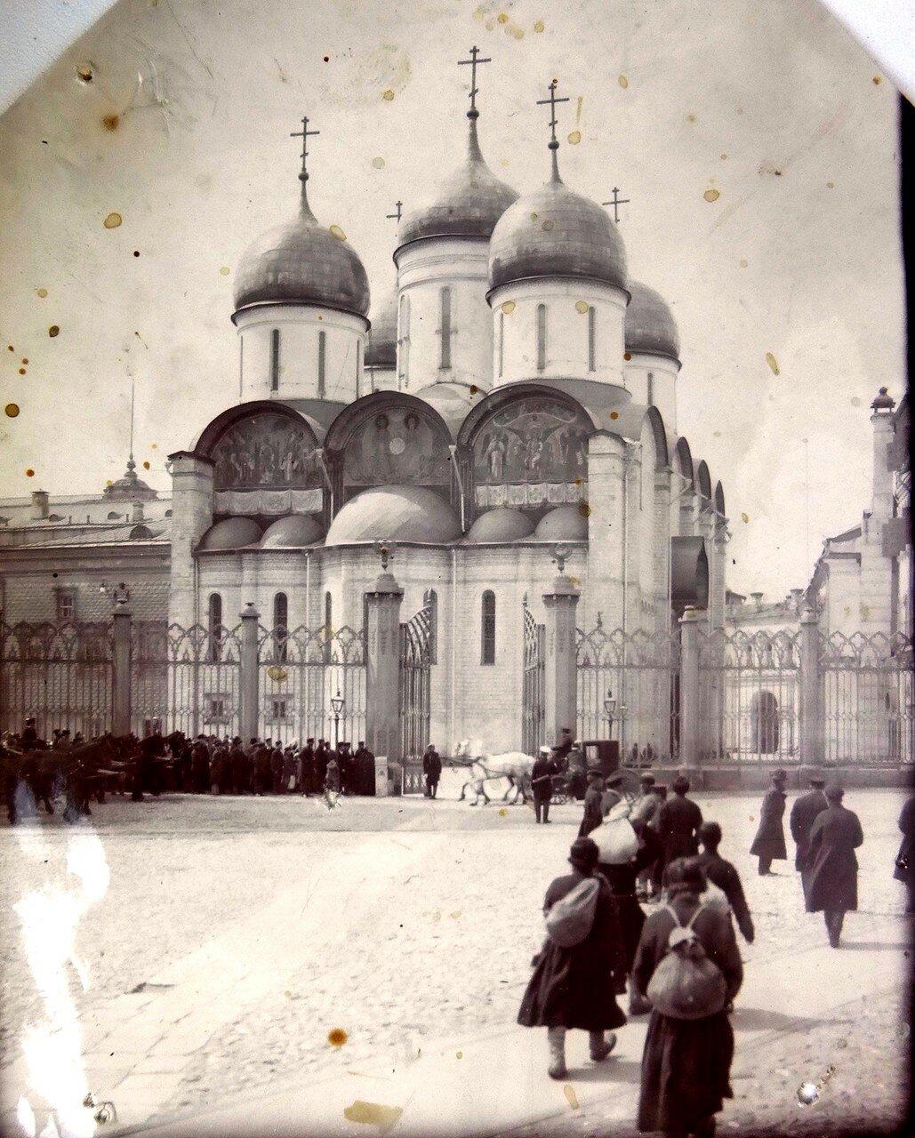 1927. Успенский собор Кремля