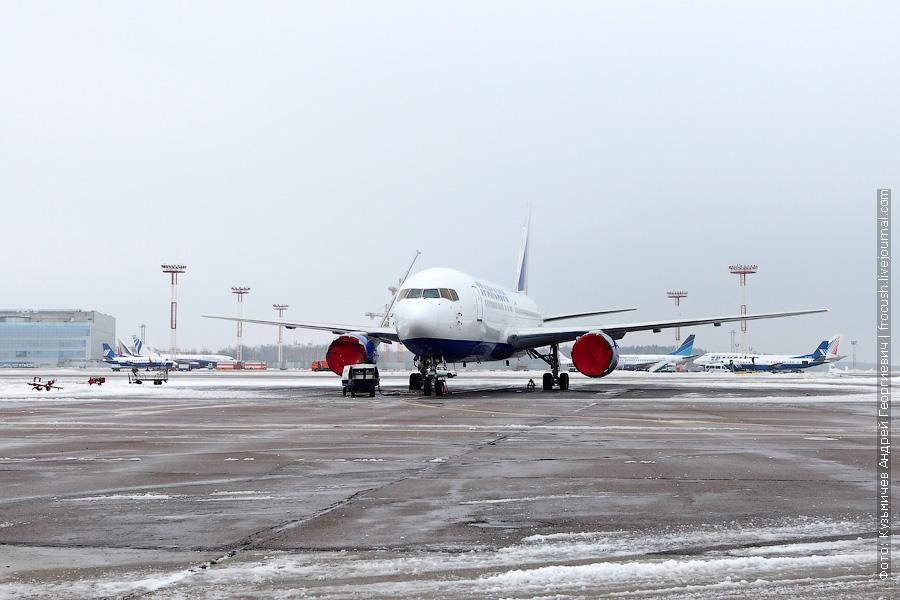 Boeing 767-201/ER (EI-DBW) «Трансаэро»