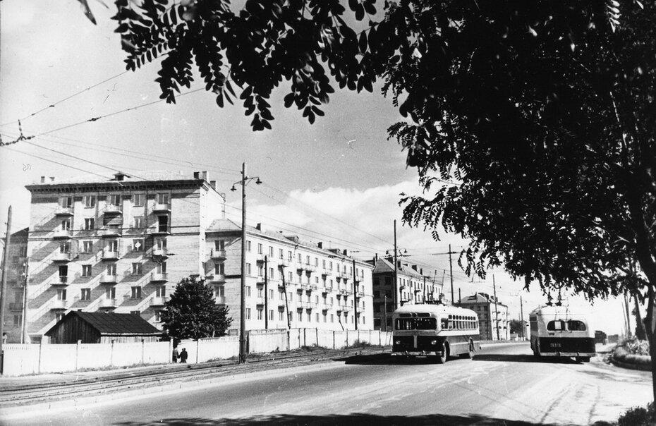 1957. Брест-Литовское шоссе (теперь проспект Победы)