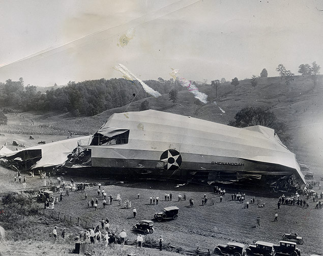 The wreckage of the dirigible Shenandoah at Ava, Ohio