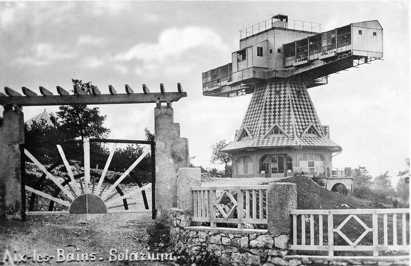Поворотный солярий доктора Saidman построен по проекту архитектора Andre Farde. 1930-1967.jpg