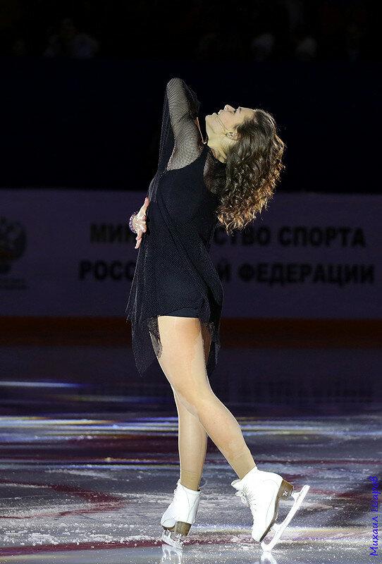 Аделина Сотникова - 2 0_14811a_ed079820_XL