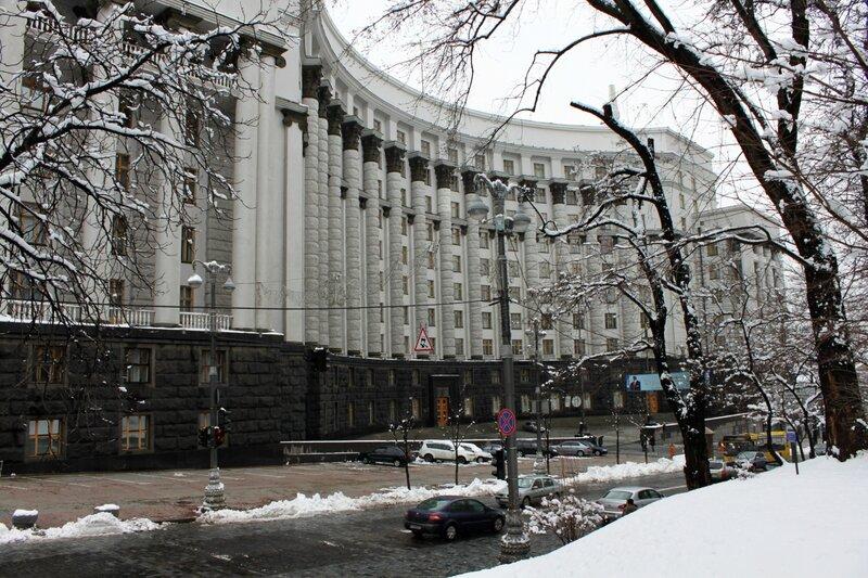 Улица Грушевского в районе Кабмина