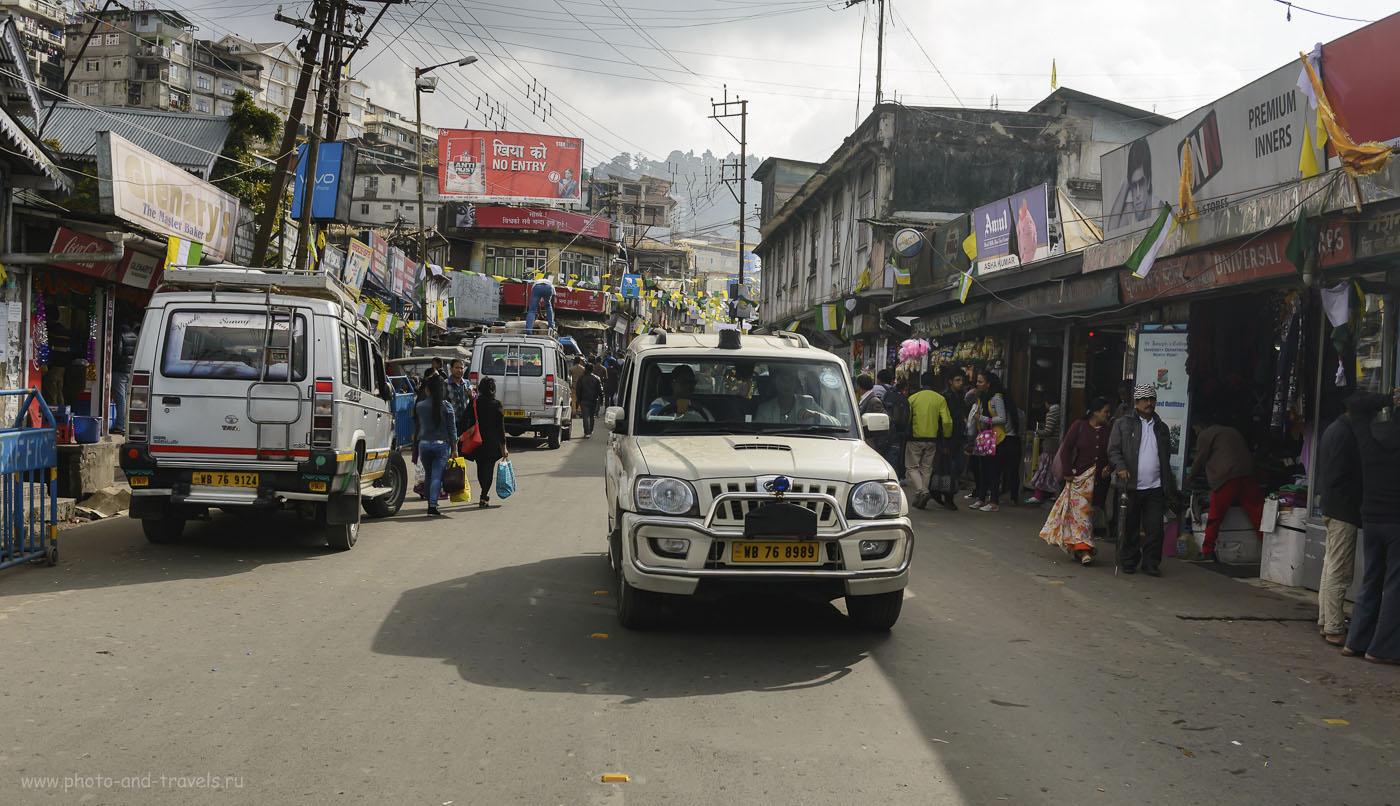 Фотография 17. В Дарджилинге (штат Западная Бенгалия) и в Гангтоке (штат Сикким) основной вид общественного транспорта – джип-маршрутка (shared jeep). Отчет о путешествии по Северо-Востоку Индии самостоятельно. 1/1000, -1.33, 5.6, 250, 34.