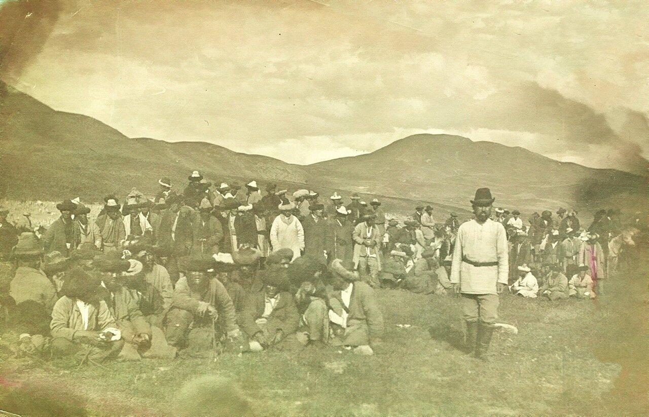 Выбор туземной администрации. Пржевальск. 1905