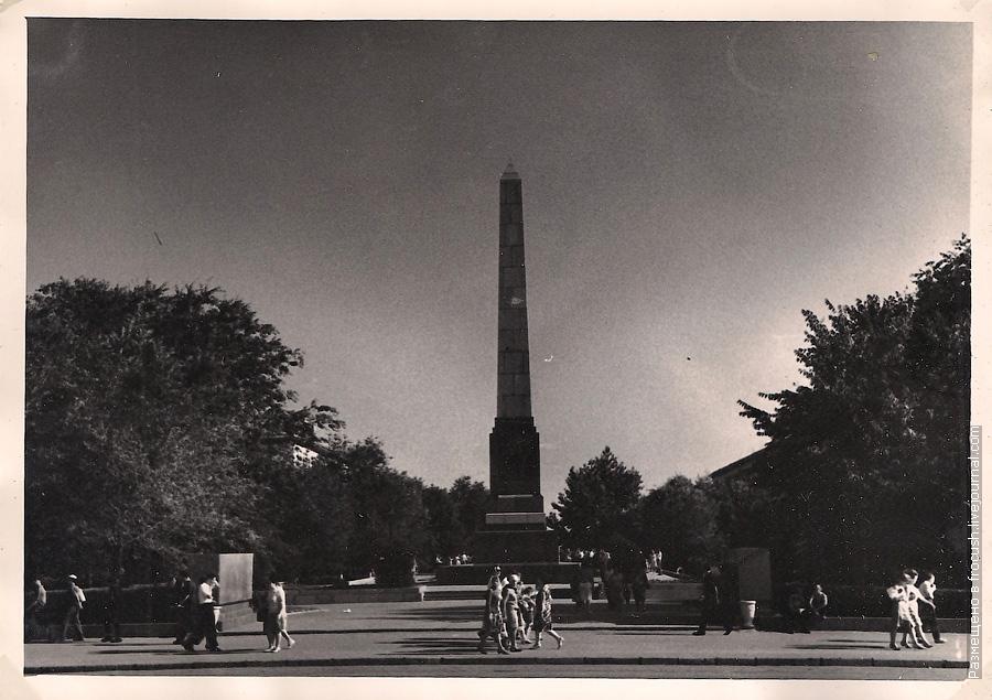 фото 1965 год Волгоград Площадь Павших борцов