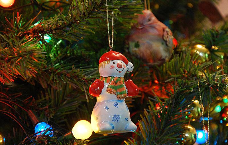 Снеговик (майолика)
